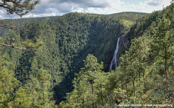 Thousand Foot Falls - Mountain Pine Ridge Forest Reserve - Belize